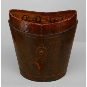 Early 19th Century American (19th Cent) dark red leather fire bucket For Sale - Image 5 of 5