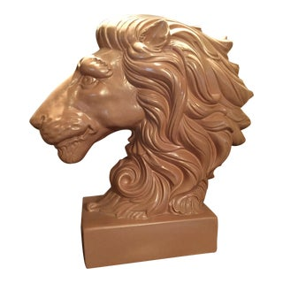 Glam Glenn Richardson Royal Haeger Lions Head Lamp With Lucite Base and Finial For Sale