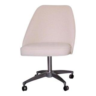 Vintage Eames Era Mid-Century Modern Chair For Sale