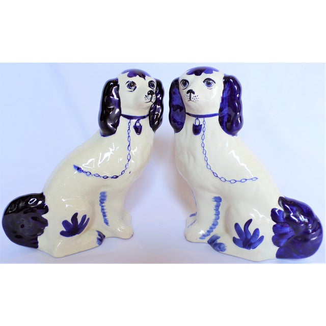 1980s Vintage Blue and White Ceramic Staffordshire Dogs - a Pair For Sale - Image 5 of 11