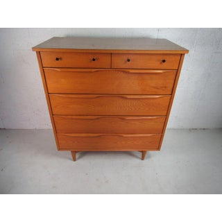 Mid Century Modern Heywood Wakefield 6 Drawer Highboy Dresser in Oak Preview