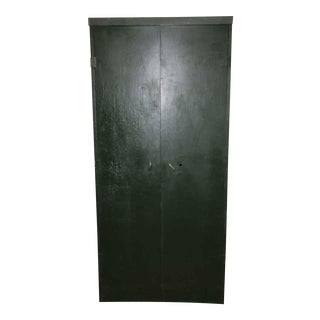 Industrial Metal Closet with Green Paint For Sale