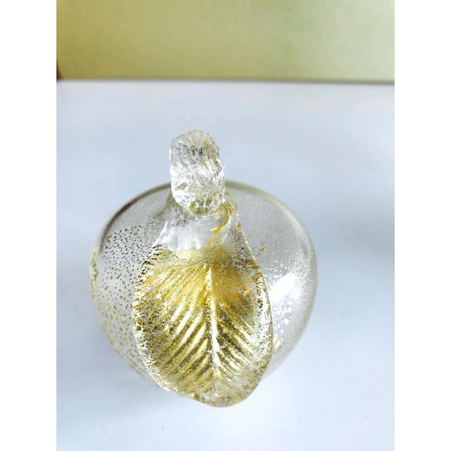 Glass Set of Three Seguso Murano Glass Apples With Gold Flecks For Sale - Image 7 of 11