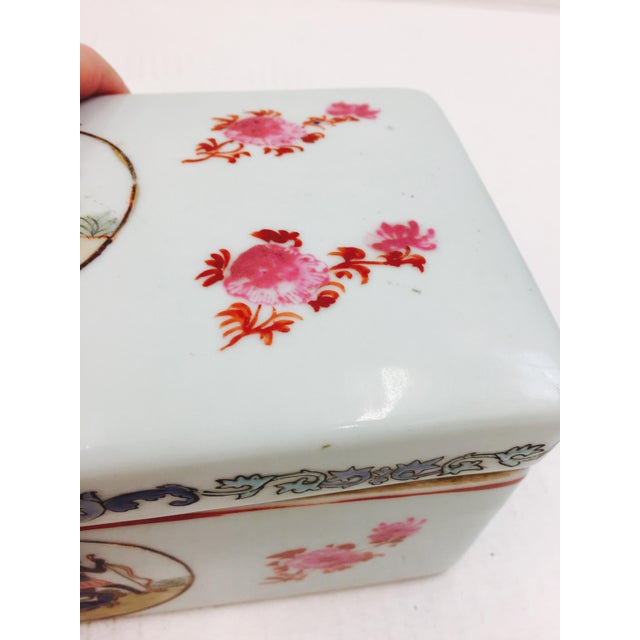 Ceramic Vintage Porcelain Chinese Box For Sale - Image 7 of 8