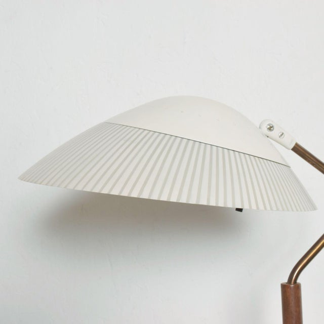 For your consideration: offering a Modern Midcentury Clamshell Table Desk Lamp by Gerald Thurston for Lightolier 1950s...