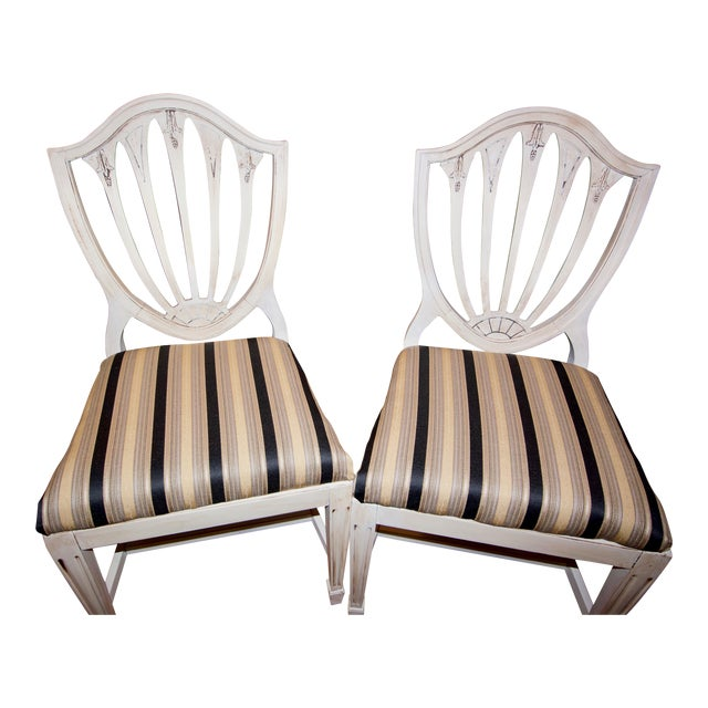 Vintage 1940s Accent Chairs - a Pair For Sale