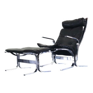 Mid Century Modern Chrome and Leather Lounge Chair with Matching Ottoman in the Manner of Westnofa For Sale