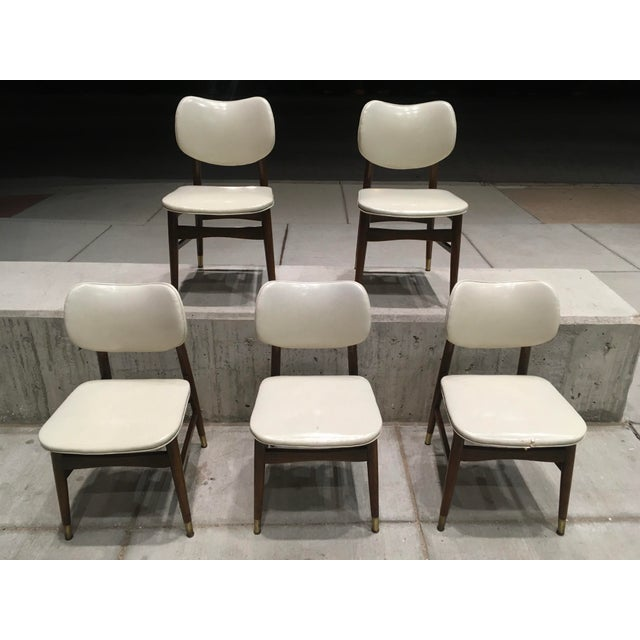 Mid-Century Modern Thonet Style Walnut and Vinyl Dining Chairs by Shelby Williams - Set of 5 For Sale - Image 9 of 13