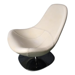 White Leather & Chrome Egg Chair