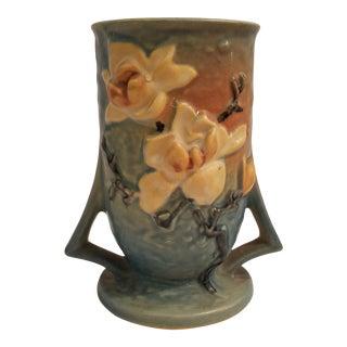 Vintage Roseville Magnolia 2 Handle Vase For Sale