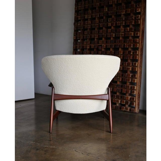Mid-Century Modern Ib Kofod-Larsen Wingback Lounge for Selig, Circa 1965 For Sale - Image 3 of 13