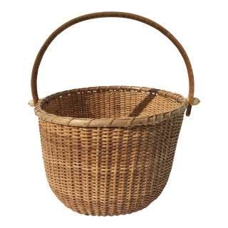 Authentic Nantucket Basket Dated 1994 For Sale