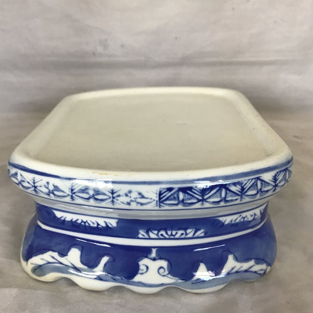 Asian Blue & White Ceramic Chinoiserie Pedestal Base For Sale - Image 3 of 5