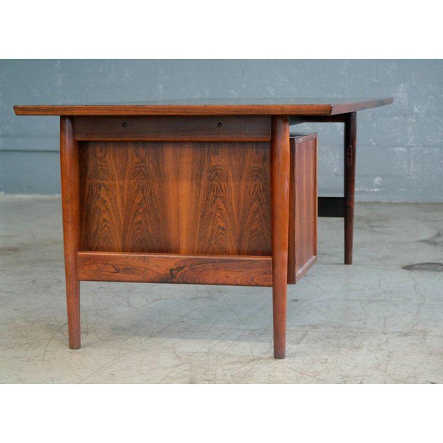 Brown Executive Rosewood Rosewood Desk by Arne Vodder for Sibast From 1950's For Sale - Image 8 of 9