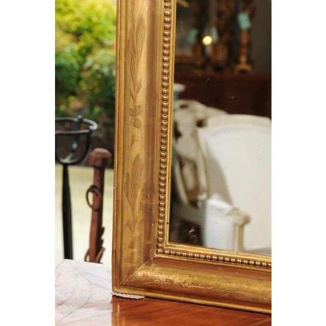 French 19th Century Louis-Philippe Giltwood Mirror with Foliage and Beading For Sale - Image 11 of 12