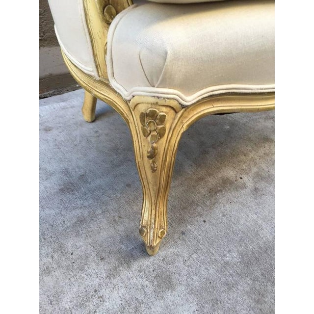 Pair of French Louis XV Style Bergere Chairs For Sale In New York - Image 6 of 7