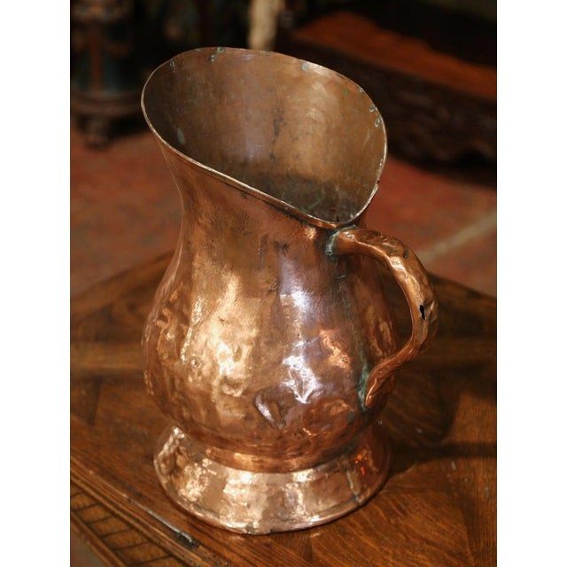 18th Century French Polished Copper Decorative Coal Bucket or Umbrella Stand For Sale In Dallas - Image 6 of 9