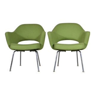 1960s Vintage Eero Saarinen for Knoll Executive Chairs- A Pair For Sale