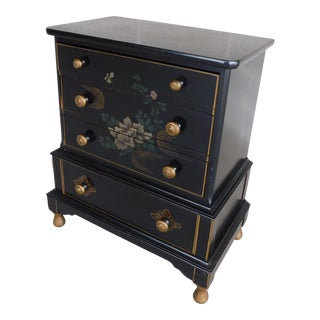 Stickley Bros. Quaint Furniture Chinioserie Paint Decorated Chest For Sale