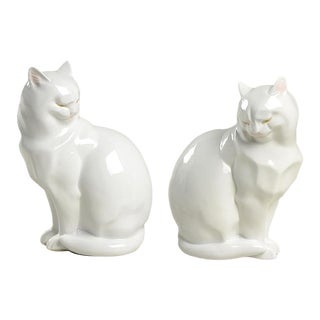 Fitz and Floyd White Cat Figurine Book Ends - Set of 2 For Sale