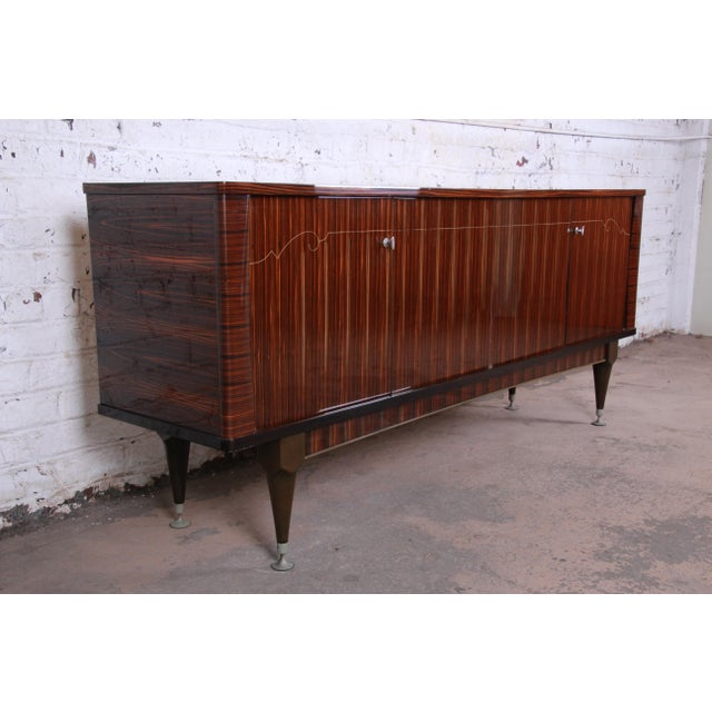 1960s French Art Deco Macassar Ebony Credenza or Bar Cabinet by N.F. Ameublement, 1966 For Sale - Image 5 of 13