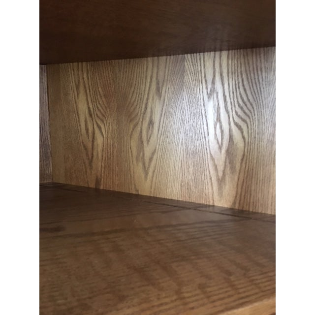1980s Traditional Amish Made Oak Corner Cabinet For Sale - Image 4 of 5