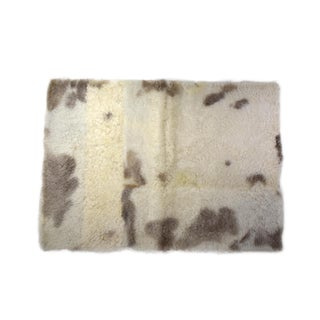 "Sheepskin Wool Rug Meditation Rug Yoga Mat Off-White Beige 2'6""x3'5"" For Sale"