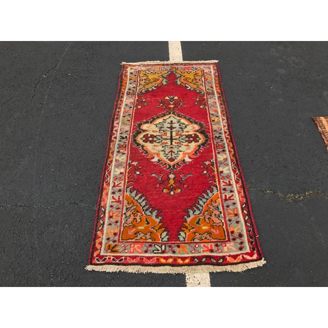 "Vintage Turkish Anatolian Rug - 2'8""x5'4"" - Image 2 of 11"