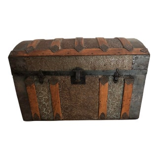 Late 1800s Irish Dome Top Carriage Trunk Chest For Sale