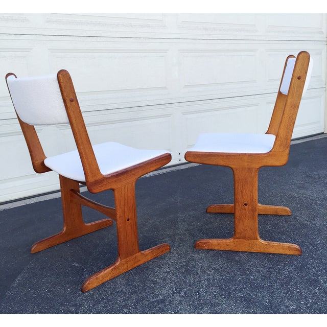 Mid-Century Danish T-Base Chairs - A Pair - Image 4 of 7