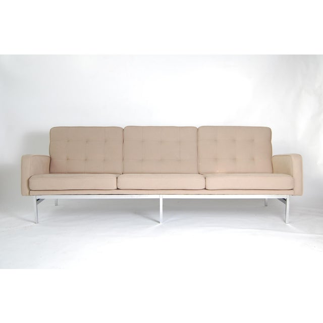 1960s 1960s Vintage Florence Knoll Sofa For Sale - Image 5 of 5