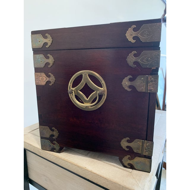 Asian Style Stunning Vintage Asian Silk Lined Jewelry Box With Flame Mahogany Inlay and Etched Brass Trim and Lantern Pulls For Sale - Image 4 of 13