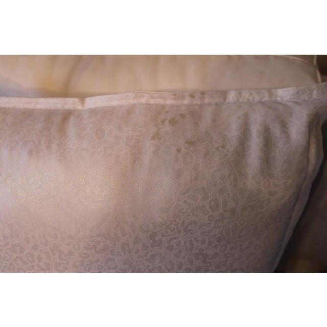 2010s Kravet Couture Metallic Accent Pillows - A Pair For Sale - Image 5 of 8