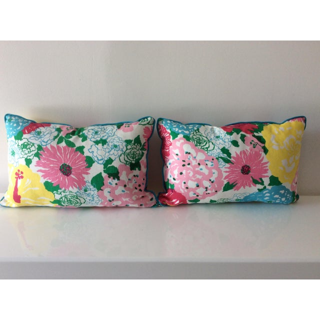 2010s Cottage Style Handmade Floral Pillows - a Pair For Sale - Image 5 of 11