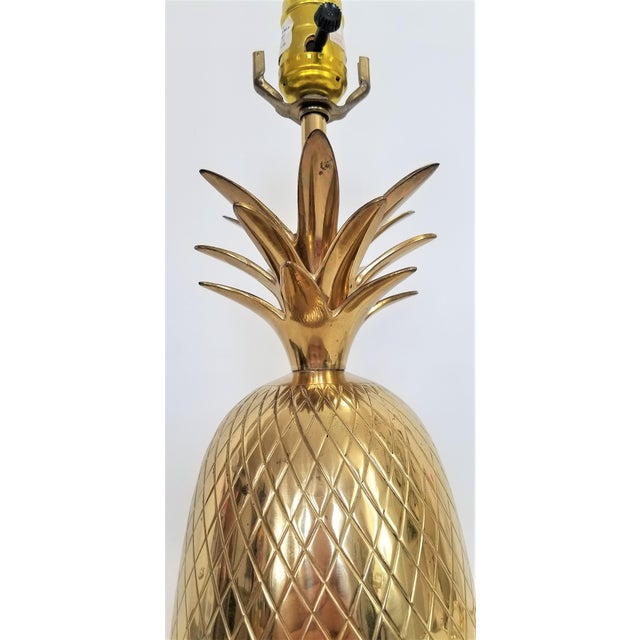1970s Vintage Solid Brass Pineapple Bedside or Desk Lamp - Feng Shui - Palm Beach Boho Chic Tropical Coastal For Sale - Image 5 of 10