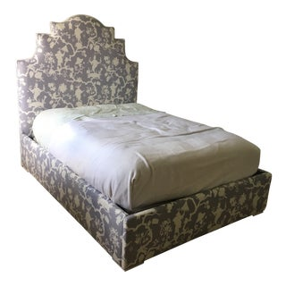 "Custom Schumacher ""Shantung Silhouette Print"" Lavender Full Size Bed For Sale"