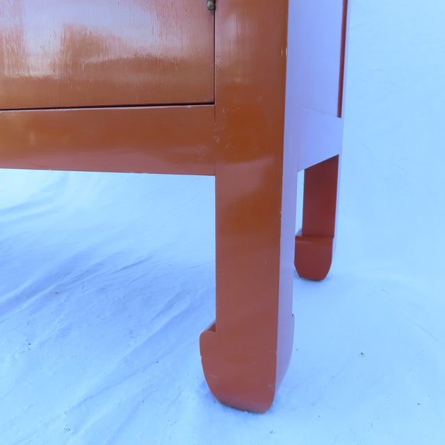 Vtg 1970s Chinese Lacquered Burnt Orange Tall Chest Dresser Cabinet Hong Kong For Sale In New York - Image 6 of 13