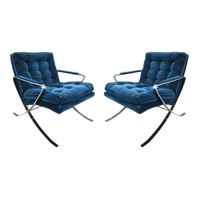 Pair of Flat Bar Steel Chrome Lounge Chairs For Sale