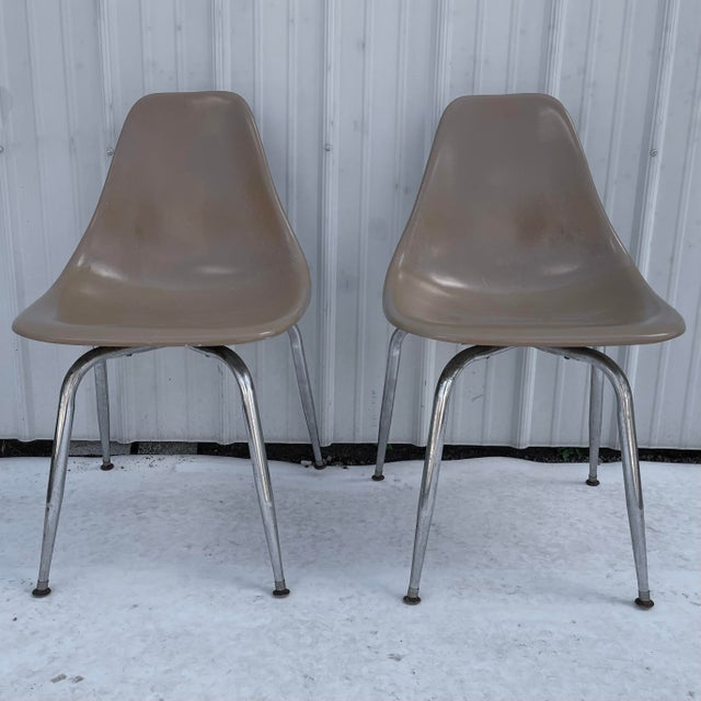 Pair Mid-Century Eames Style Shell Chairs For Sale - Image 13 of 13