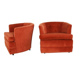 Vintage Petite Pair Hollywood Regency MCM Barrel Chairs in Burnt Orange on Casters For Sale