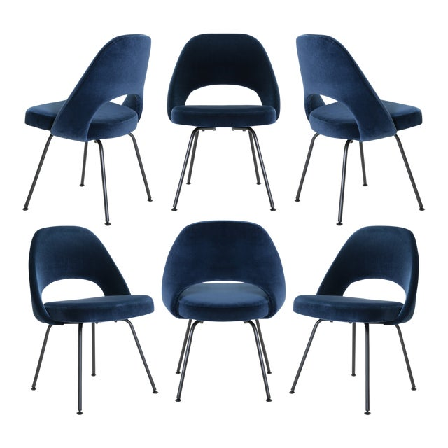 Saarinen Executive Armless Chairs in Navy Velvet, Obsidian Matte - Set of 6 For Sale