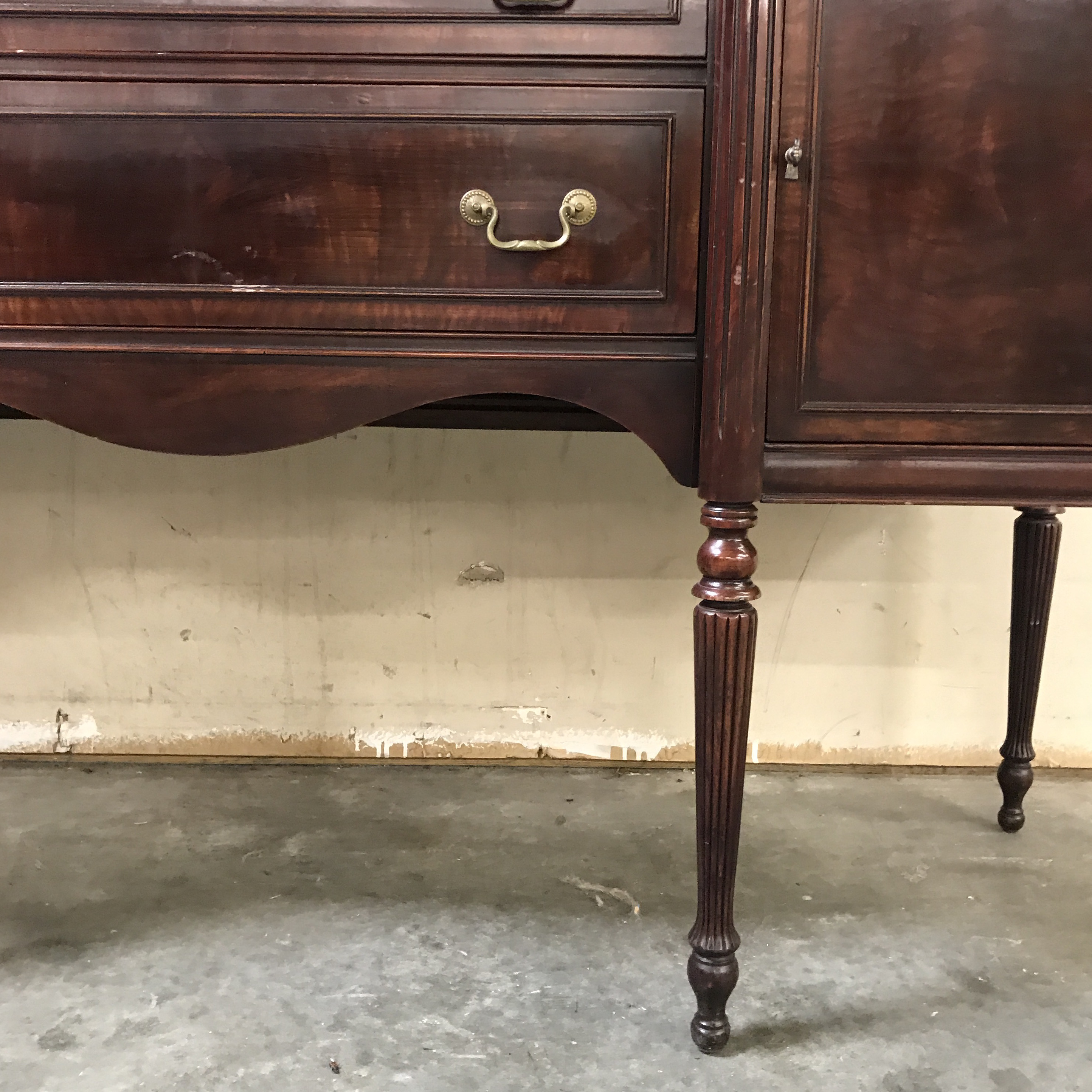 Mahogany Federalist Style Buffet For Sale   Image 9 Of 11
