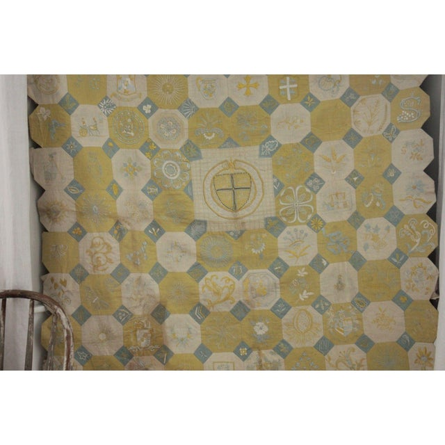 English Vintage English Ramsgate Heraldry Linen Embroidered Block Quilt For Sale - Image 3 of 12
