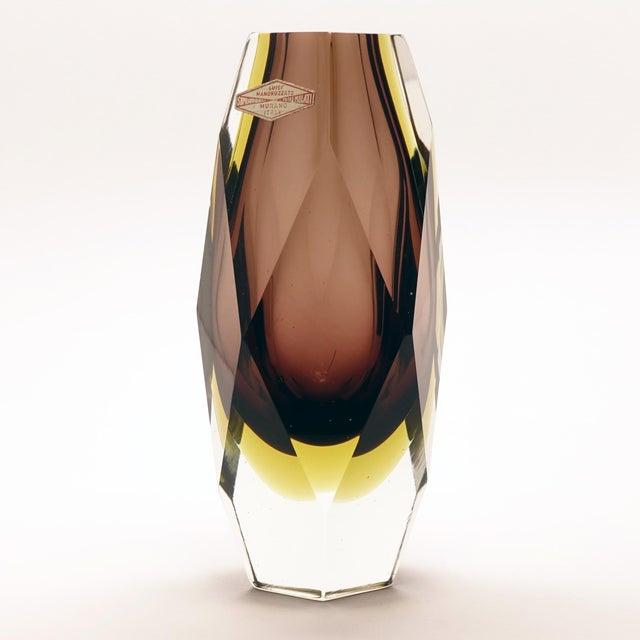 1960s 1960s Vintage Luigi Mandruzzato Pentagonal Amethyst Diamond Cut Block Vase For Sale - Image 5 of 12