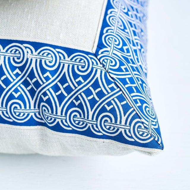 Schumacher Schumacher Suzette Pillow in Navy For Sale - Image 4 of 6
