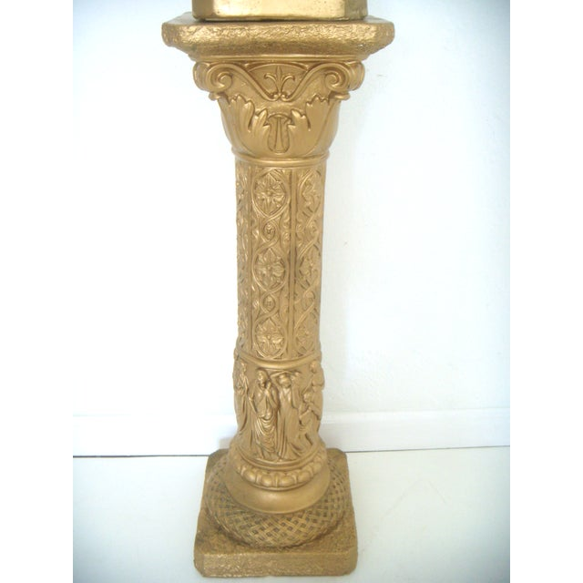 Vintage Plaster Neoclassical Gold Pedestal/Pillar and Urn For Sale - Image 4 of 7