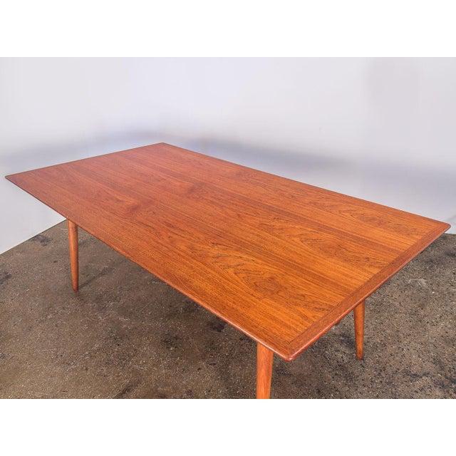 1950s Hans J. Wegner JH570 Exapandable Teak Dining Table for Johannes Hansen For Sale - Image 5 of 11