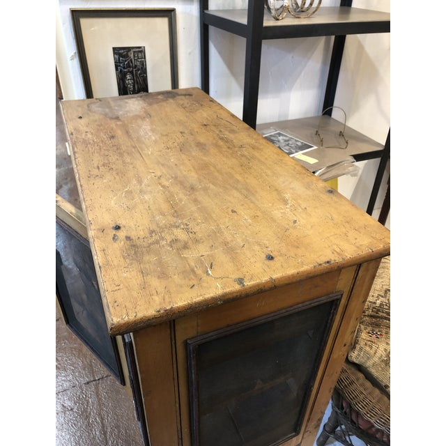 Rare Primitive Pie Safe With Original Paint and Hardware Circa 1900 For Sale In Atlanta - Image 6 of 13
