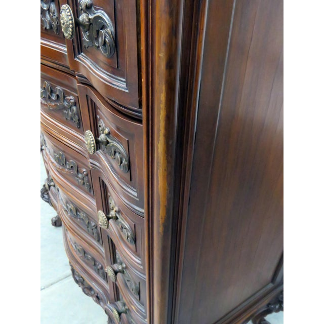 Louis XV Style Marble Top Dresser. For Sale In Philadelphia - Image 6 of 11