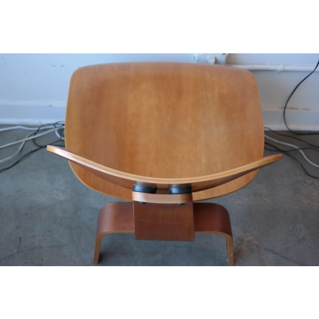 Eames LCW Plywood Lounge Chair - Image 6 of 10